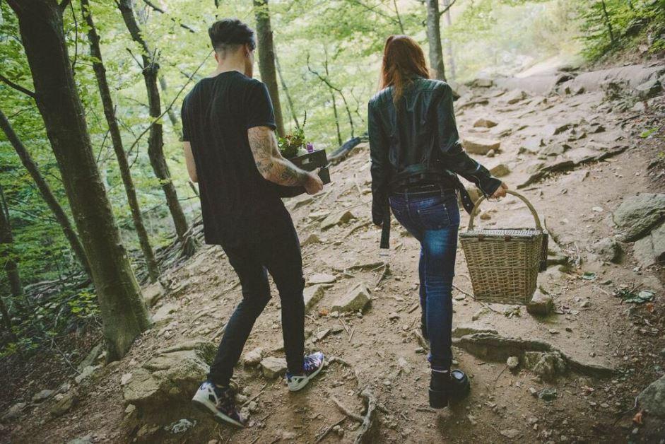 Hidden love, un bosque y una ceremonia libre